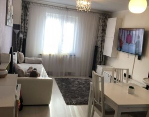 Vindem apartament cu 3 camere, decomandat, finisat, mobilat, utilat, zona Gruia