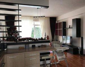 Vanzare apartament cu 4 camere, Borhanci, zona Mega Image, oferta excelenta