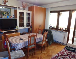 Apartament 2 camere, finisat, etaj intermediar, zona Piata Flora si Calvaria