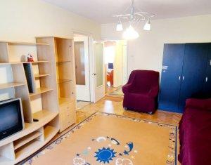 Apartament 3 camere, 80mp, 2 balcoane, 2 bai, parter peste garaj, zona Titulescu