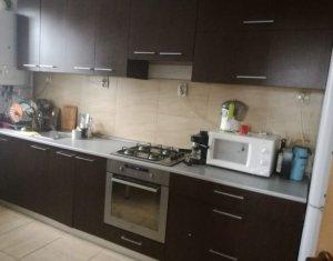 Vanzare apartament in zona Petrom, Baciu, 47000 euro, negociabil