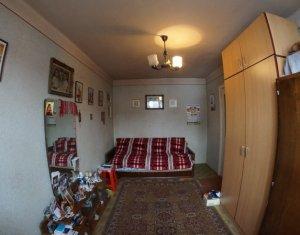 Apartament 3 camere, ideal pentru investitie, zona centrala