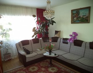 Vanzare apartament de 3 camere, etaj intermediar, Romstal Marasti