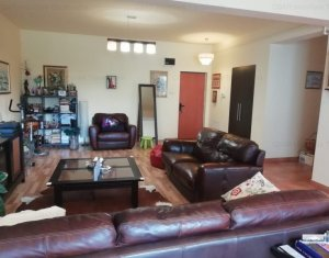 Apartament de vanzare, 3 camere, 108 mp, zona deosebita, Andrei Muresanu