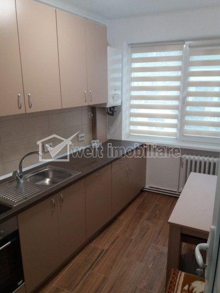 Apartament 3 camere decomandat, etaj intermediar, garaj, Hasdeu