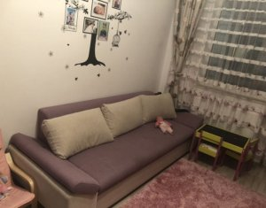 Vanzare apartament cu 2 camer, finisat modern, zona Complex Vivo