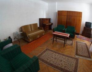 Apartament de 2 camere, semidecomandat, ultracentral