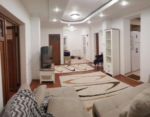 Inchiriere apartament la casa 3 camere, lux, parcare + terasa, cartier Zorilor
