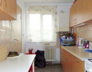Apartament cu 4 camere, 80mp, Manastur, zona BIG, Carrefour