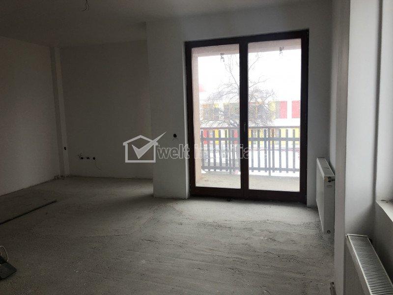 Vanzare apartament 3 camere, situat in Floresti, zona Ioan Rus