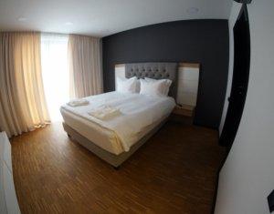 Apartament de lux, 3 camere, confort sporit, la 4 minute de UMF