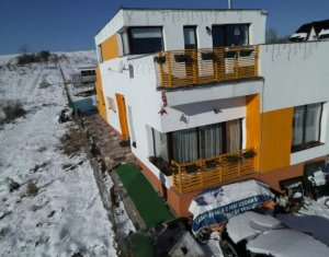 Vanzare casa deosebita Salicea, 162 mp utili si 700 mp teren