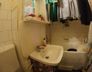 Vanzare apartament 2 camere, decomandat, Manastur, 62000 Euro, negociabil
