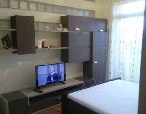 Chirie apartament cu 2 camere decomandat, zona Golden Tulip, negociabil