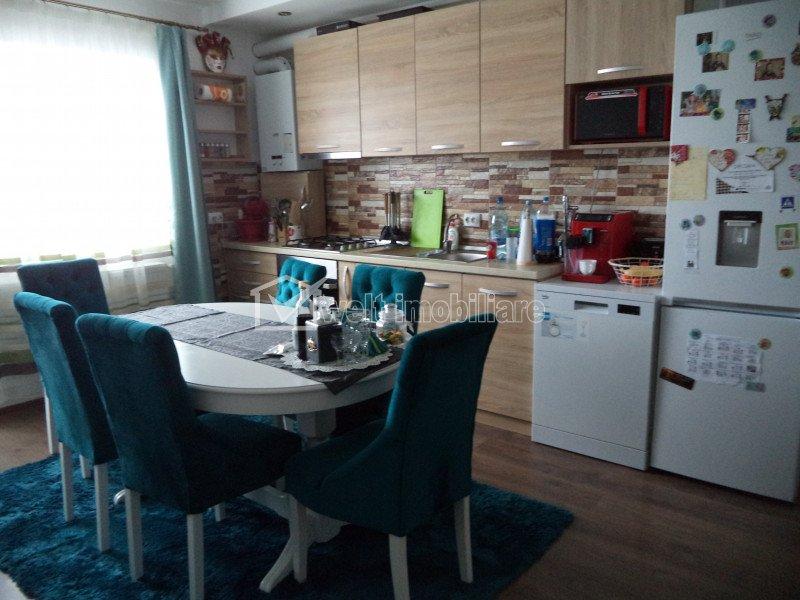 Vindem apartament 3 camere, ultrafinisat, zona Cetatii, Floresti
