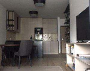 Apartament de inchiriat, 2 camere, 52 mp, Centru, Platinia