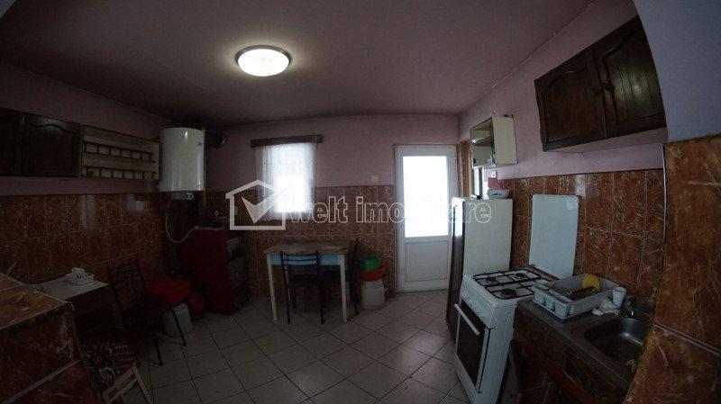 Vanzare casa cu 5 camere si teren aferent 2254 mp, in Valcele, Feleacu