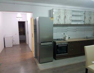 Inchiriere apartament cu 3 camere, Floresti, strada Eroilor