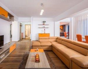 Penthouse 4 camere, 2 bai, 3 terase, 2 parcari, utilat si mobilat lux, Buna Ziua