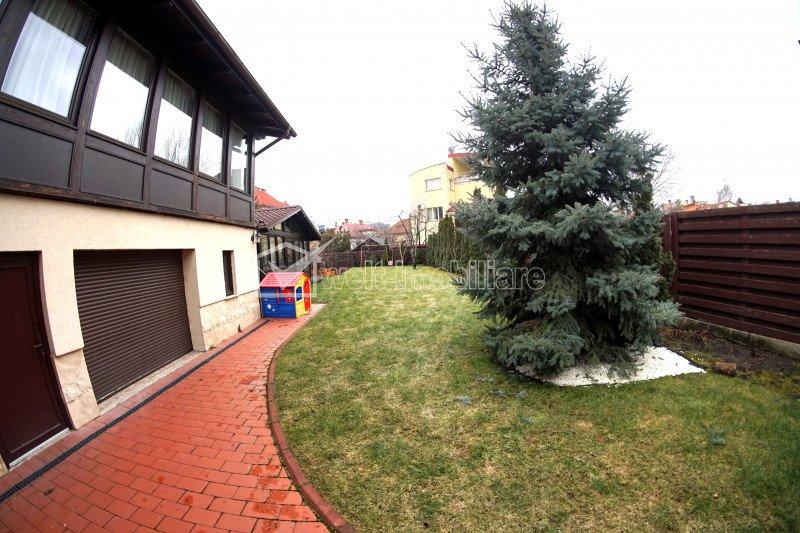 Vila interbelica pe un nivel, centru, zona Balcescu, teren 777 mp