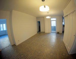 Inchiriere apartament 3 camere, confort sporit, zona Litere