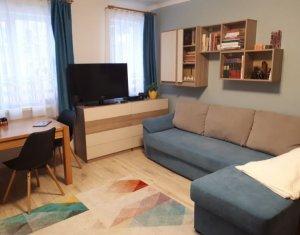 Apartament cu 1 camera de vanzare, in Centru, langa Stanca
