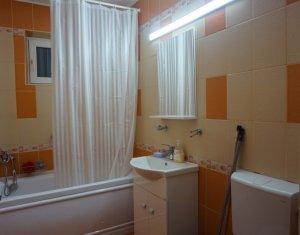 Inchiriere apartament cu 2 camere, decomandat, strada Eroilor, Floresti