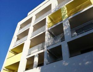 Apartament 2 camere, 52mp plus logie 12mp, aproape de centru