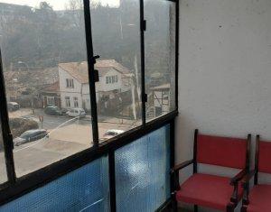 Apartment 3 rooms for rent in Cluj Napoca, zone Plopilor