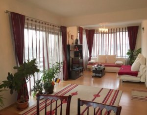 Apartament superb cu 4 camere in vila, 100mp, zona Europa