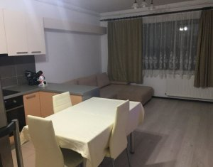 Vanzare apartament de 3 camere, etaj 1, parcare subterana, Baciu