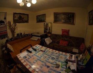 Apartament de 2 camere, decomandat, Manastur, zona McDonald's, negociabil
