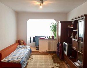 Apartament 2 camere, etaj intermediar, garaj, Grigorescu, zona Profi