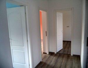 Vindem apartament 2 camere, decomandat, in vila, zona Tauti, Floresti