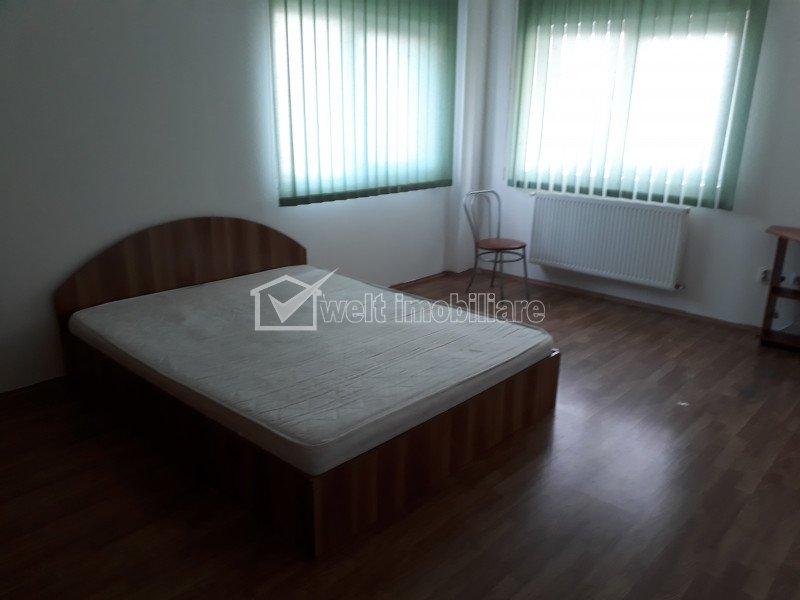 Inchiriere apartament o camera 42 mp, pe Calea Turzii