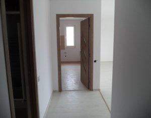 Vindem apartament 2 camere, decomandat, zona Terra, Floresti