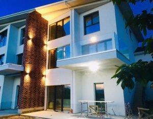 Casa superba tip duplex, Borhanci, 220 mp, cu panorama, parcare