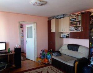 Apartament de vanzare, bucatarie + living si un dormitor, baie, Gheorgheni