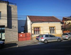 Casa cu 4 camere, 183 mp utili, zona Centrala