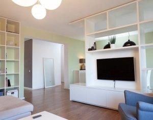 Apartament de inchiriat, 3 camere, 97 mp, etaj intermediar, A. Muresanu