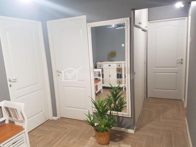 Vanzare apartament 3 camere decomandat, superfinisat, zona Big Manastur