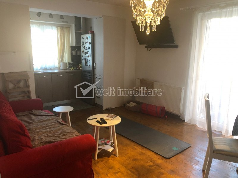 Apartament 3 camere, etaj 1, mobilat, zona Eroilor