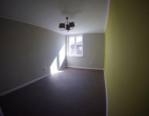 Apartament 2 camere, 51 mp, decomandat, Ultrafinisat in zona Centrala