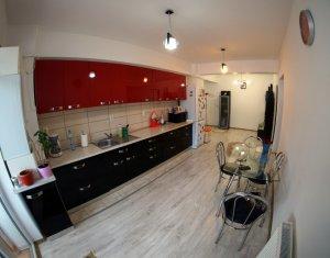 Apartament de vanzare 3 camere, mobilat si utilat, strada Oasului