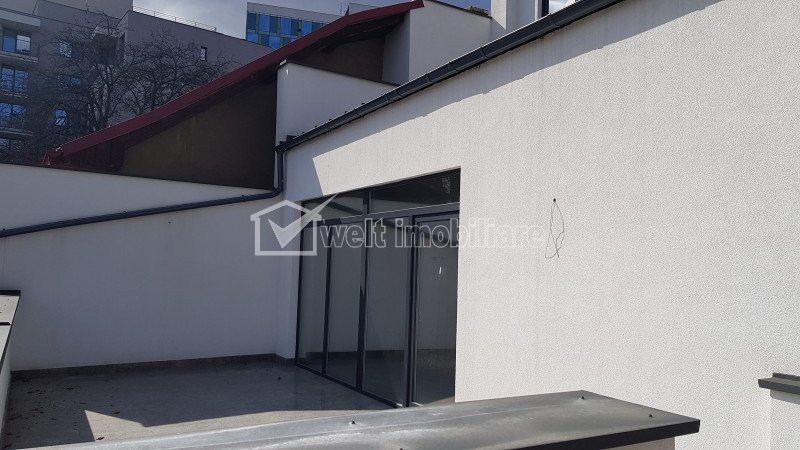 Spatiu comercial 55mp cu terasa proprie, str Ploiesti, ideal servicii