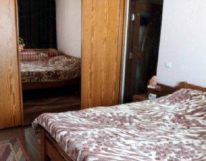 Vanzare apartament 2 camere, strada Stejarului