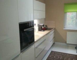 Vanzare apartament 3 camere decomandate 72 mp, zona Intre Lacuri - Iulius Mall
