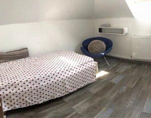 Vanzare apartament cu 3 camere in Gheorgheni, scara interioara
