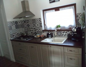 Vindem casa stil mediteranean, zona deosebita, Floresti