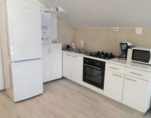 Apartament de inchiriat 3 camere, mobilat si utilat de lux, zona Hotel Athos